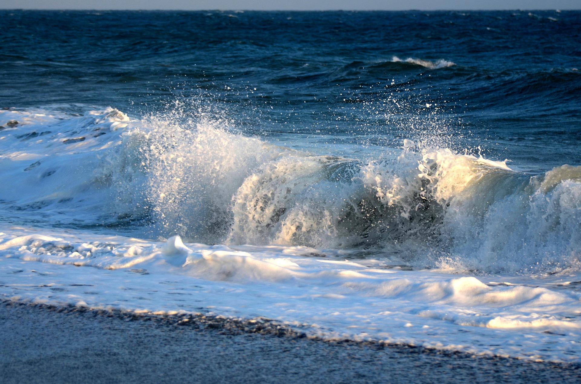 surf-1237537_1920